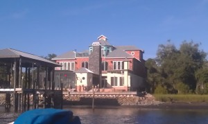 One of the houses on this section of the ICW