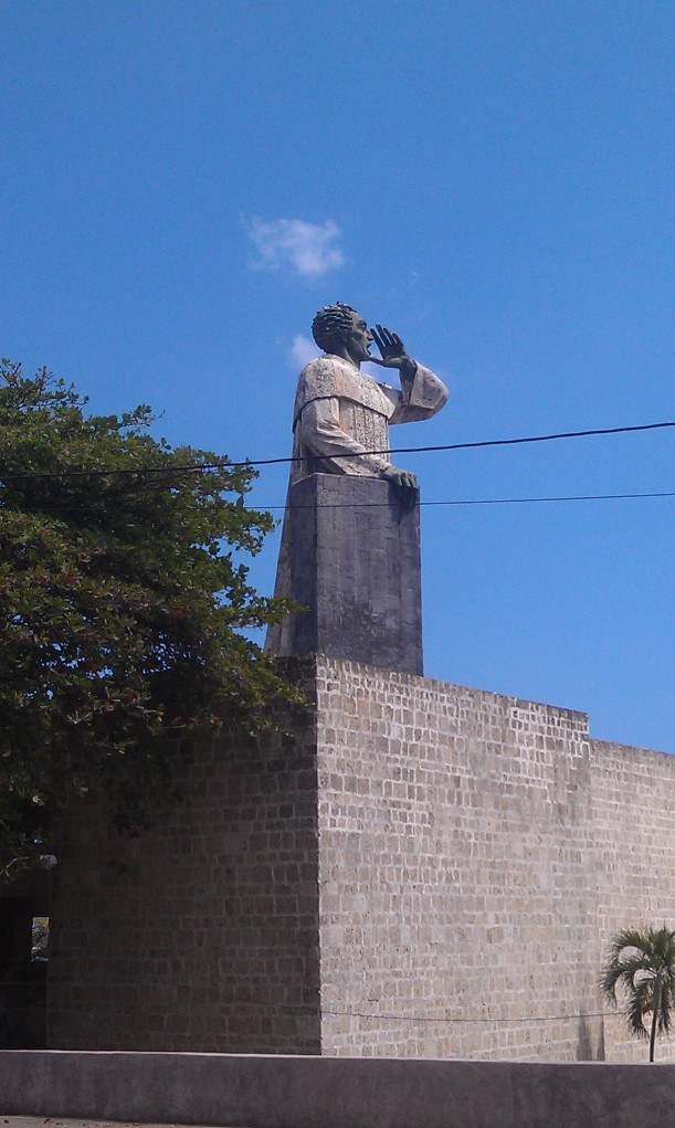 A statue of Fray Antón de Montesinos- A priest who protested Spanish treatment of the natives